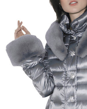 long single-breasted downjacket with hood