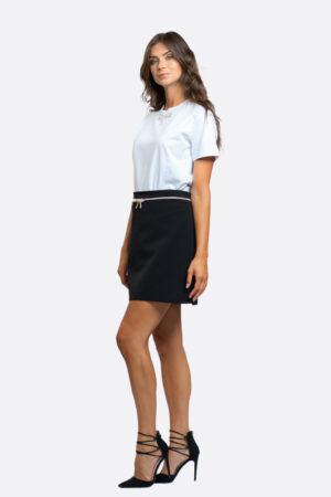 T-shirt con fiocco in strass