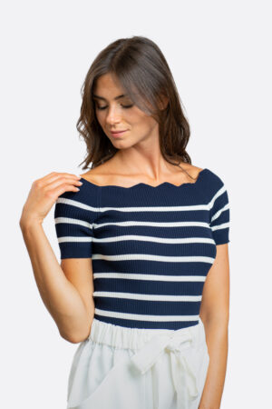 Waves Collar Sweater