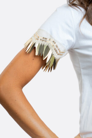 T-shirt maniche con pendenti