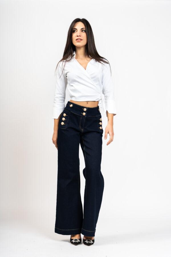 Jeans bottoni
